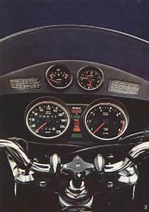 Bmw R90s Cockpit Illustration