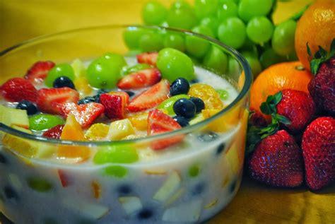 membuat es buah segar  nikmat  membuat