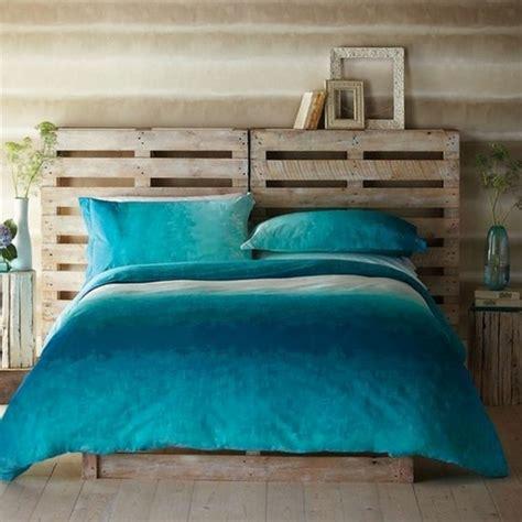 chambre à coucher romantique comment faire un lit en palette 52 idées à ne pas manquer