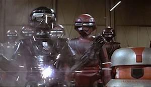 Casque Original du Robot Sentinelle du film Le Trou Noir ...