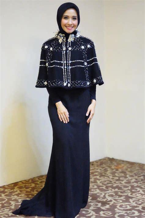 gaya hijab artis cantik laudya cynthia bella  simple