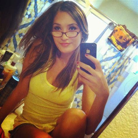 Nude Scene Teen Girl Selfie XXX GALLERY