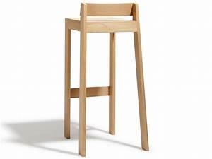 Tabouret Bois Design : tabourets de bar design en bois 100 made in france par atelier hugo delavelle homify ~ Teatrodelosmanantiales.com Idées de Décoration
