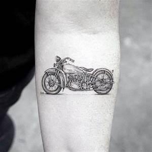 Mini Tattoos Männer : 50 coolste kleine tattoos f r m nner manly mini design ideen mann stil tattoo ~ Frokenaadalensverden.com Haus und Dekorationen