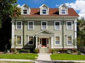 colonial house style colonial architecture hgtv