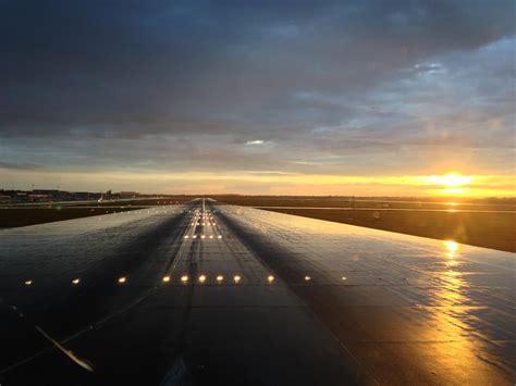 Air Canada Flight 624 Crashes Short of Runway