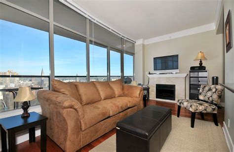 House With Spectacular Downtown City Views by Downtown 1 Bedroom Condo With Sweeping Views Of