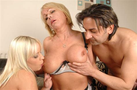Two Uk Gals Loz Lorrimar And Jane Bond In Sexy White And