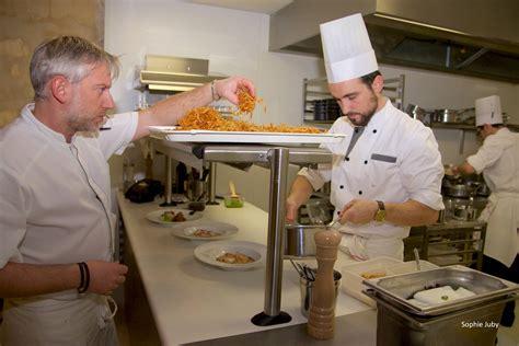des vers dans la cuisine dans les cuisines du quatrième mur bordeaux cuisine and co