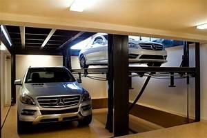 custom car lift in california garage contemporain With superior entree exterieur maison moderne 2 maison contemporaine cubique amenagement exterieur pavage