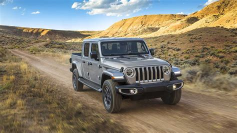 2020 Jeep Gladiator Bed Size by 2020 Jeep Gladiator Review Autoevolution
