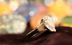 diamond engagement ring 1920x1200 Wallpaper