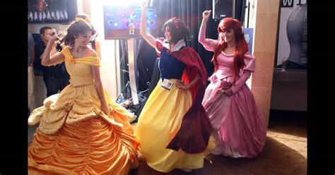 La Belle, Blanche-Neige et Ariel en piqué de grêve - Puretrend