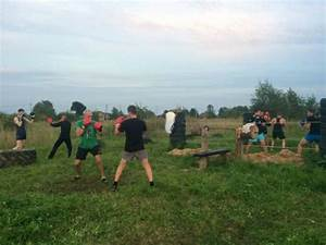 Russian Dudes Construct an Epic Outdoor Gym (15 pics ...