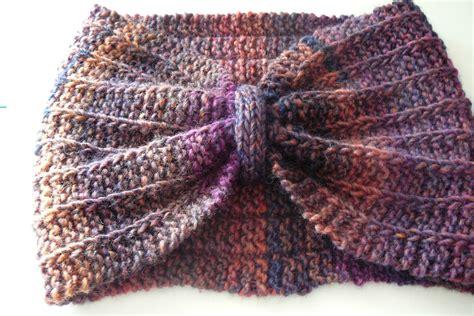 comment faire un pouf en tricot comment tricoter un tour de cou facile
