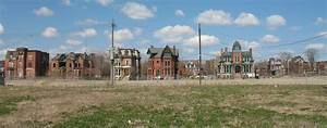 Brush Park, Detroit, Michigan   A row of victorian houses ...