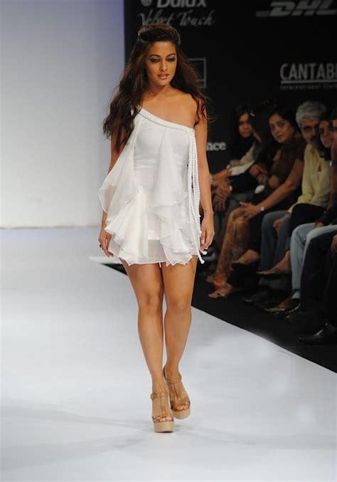 riya sen bollywood stars fashion actress makeup model