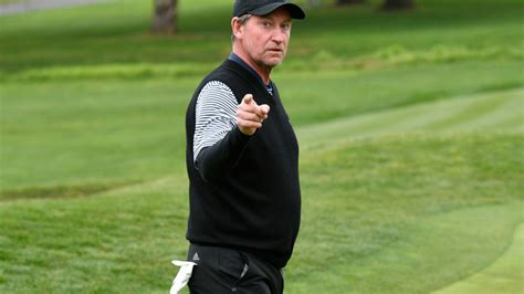 Wayne Gretzky concludes 2020 with a hole-in-one on New ...