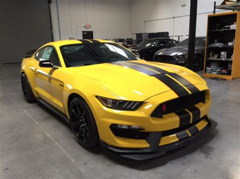 2016 Ford Mustang Shelby Gt350r Triple Yellow With