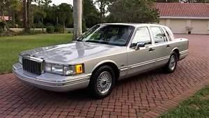 Auto 91 : sold 1991 lincoln town car for sale by auto haus of naples youtube ~ Gottalentnigeria.com Avis de Voitures