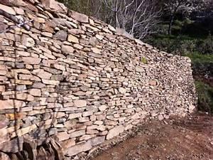 mur en pierre seche creation ou renovation de pierres With extension maison en l 17 mur en pierre sache de pierres et de bois
