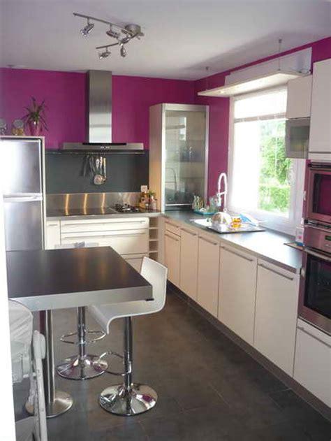idee couleur mur cuisine peinture marron cuisine