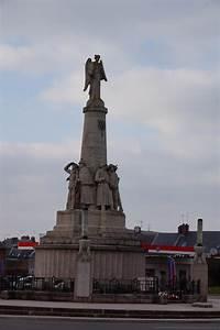 Carrefour Amiens Nord : monument amiens les monuments aux morts ~ Dallasstarsshop.com Idées de Décoration