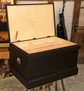 Build a Traditional-looking Tool Chest in Two Days