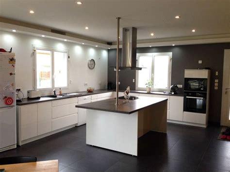 comment faire partir des moucherons dans une cuisine les 25 meilleures id 233 es de la cat 233 gorie hotte plafond sur design moderne de cuisine