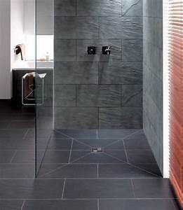 Dusche Statt Fliesen : begehbare dusche fliesen die besten 17 ideen zu begehbare ~ Lizthompson.info Haus und Dekorationen
