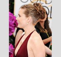 Amy Adams Showing Huge Cleavage At The St Annual Golden Globe Awards In Beverly Hills