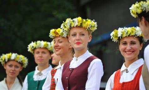 Pasauli sajūsmina oriģināli fakti par Latviju - DELFI