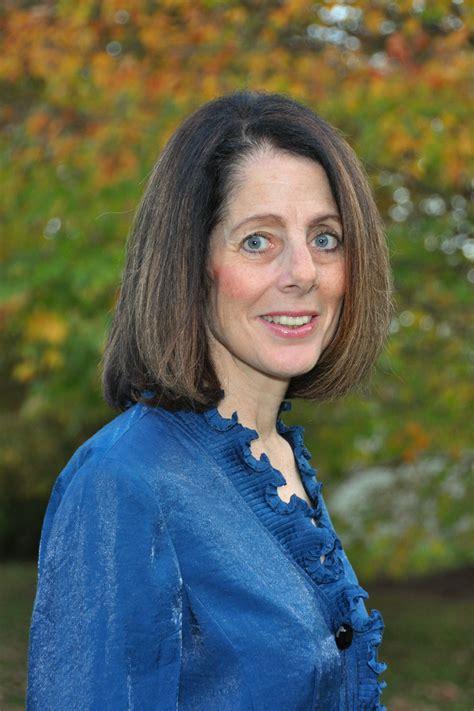 evans elizabeth religion service freelance writer sojo