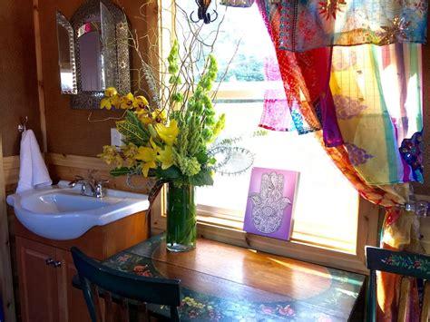 tiny house town  gypsy wagon tiny house  sq ft