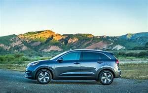 Hyundai Hybride Suv : comparison kia niro touring hybrid 2018 vs hyundai kona se 2018 suv drive ~ Medecine-chirurgie-esthetiques.com Avis de Voitures