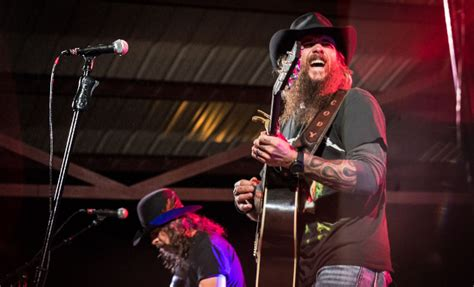 Cody Jinks Signs To Rounder Records, Announces New Album