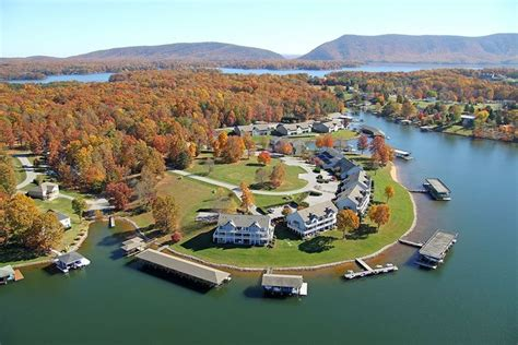Smith mountain lake reigns as virginia's top freshwater striped bass fishery and. Vacation rental house at Smith Mountain Lake - Home