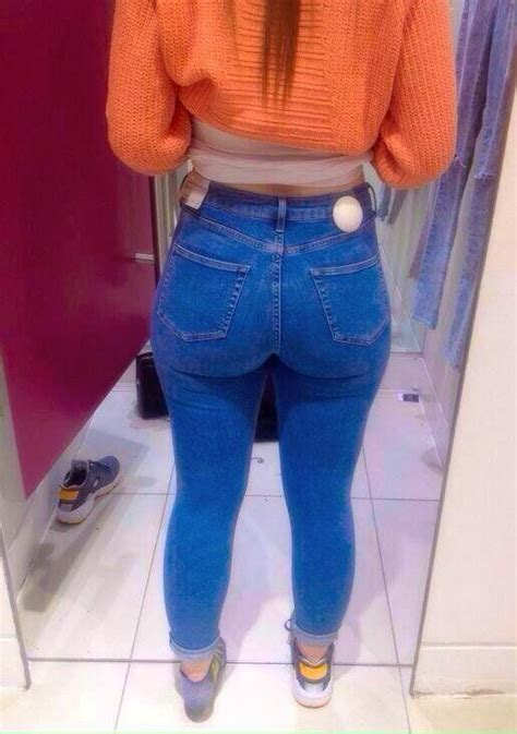 Pin By Assgoblin On Big Asses In Tight Jeans Jeans