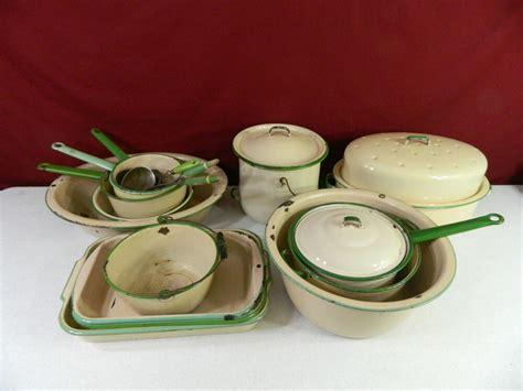 vintage enamelware cream green lot   pieces enamel