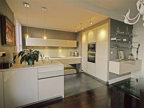 cuisine blanche sol gris quelle couleur de cuisine avec un sol beige chaios com