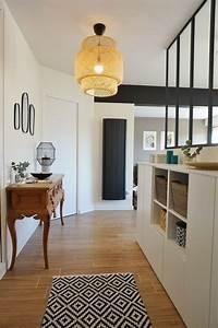 entree avec verriere dans un appartement chic et With porte d entrée alu avec meuble salle de bain retro chic
