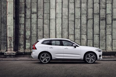 volvo xc60 zubehör 2018 volvo xc60 drive review motor trend