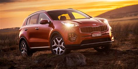 kia sportage pricing  specifications