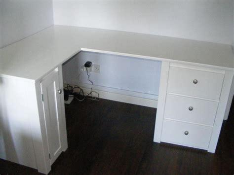 small white corner desk small corner desks brubaker desk ideas