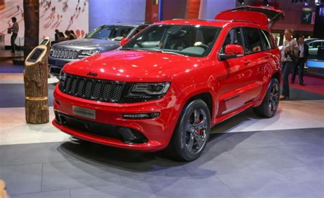 2015 Jeep Grand Cherokee SRT Gets More Power, More Quiet