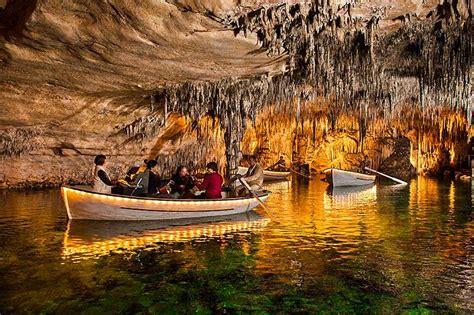 las cuevas del drach grotten van de draak op mallorca
