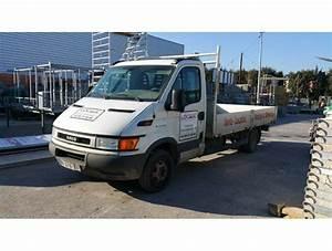 Camion Plateau Location : location de v hicules travaux et camions camion plateau 3 5 tonnes ~ Medecine-chirurgie-esthetiques.com Avis de Voitures