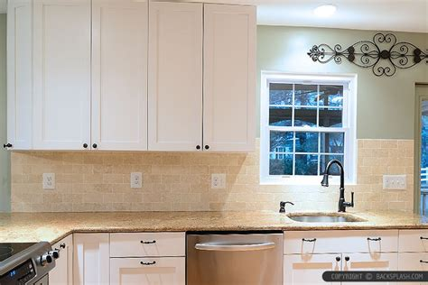 ivory glass tile backsplash ivory subway travertine backsplash design backsplash tile ideas kitchen backsplash designs