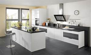 carrelage gris avec quelles couleurs l39associer idees With kitchen colors with white cabinets with papier peint noir et or