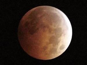 Sunday U0026 39 S Rare Supermoon Lunar Eclipse